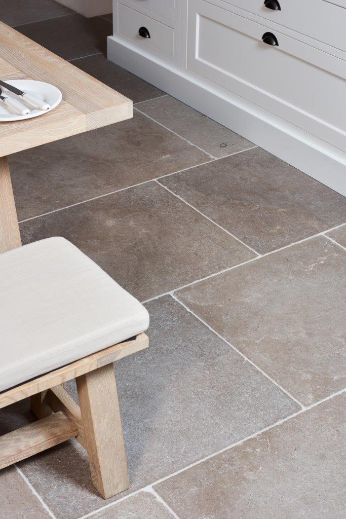 Lucca Limestone Tumbled Finish Tiles Ca Pietra