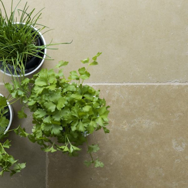 Outlet – Umbria Limestone Tumbled Finish