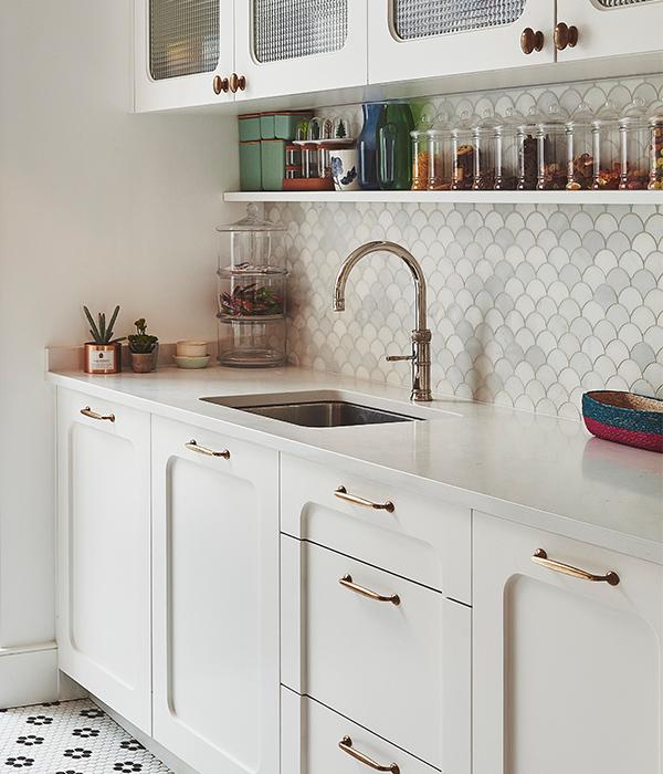 Zen Scallop Marble Mosaic