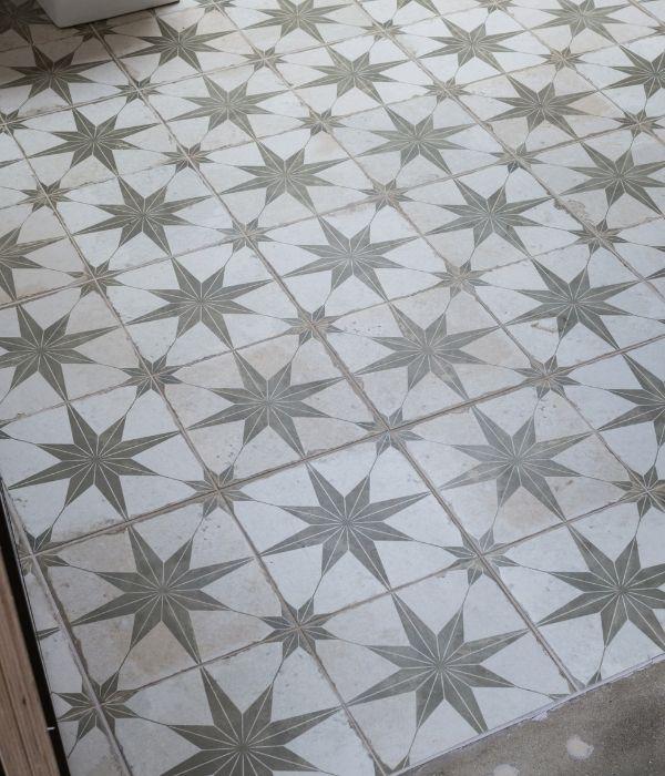 Spitalfields Ceramic Retro Star Sage (2)