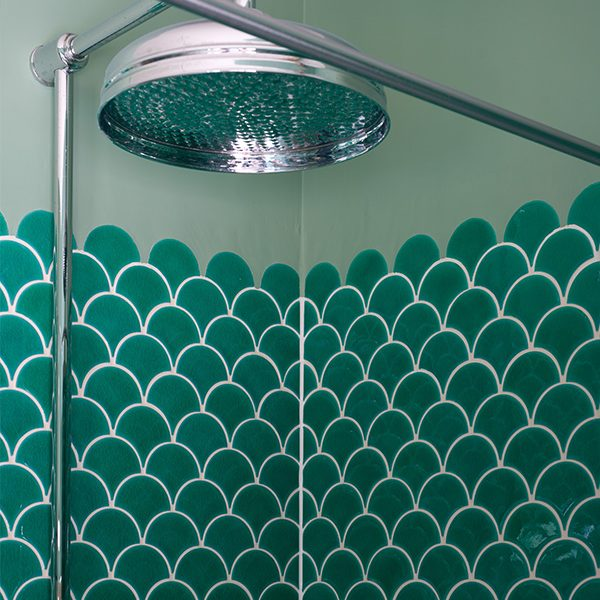 Atlantis Scallop Emerald Porcelain
