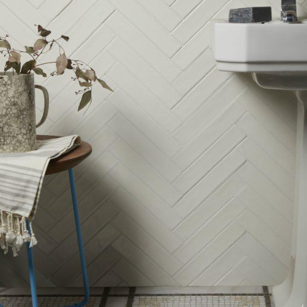 Avebury Ceramic Parchment