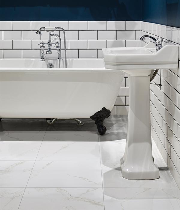 Manhattan Carrara 600×700
