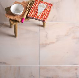 Manhattan Rosa Porcelain