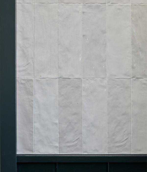 Oasis Ceramic White 600×700