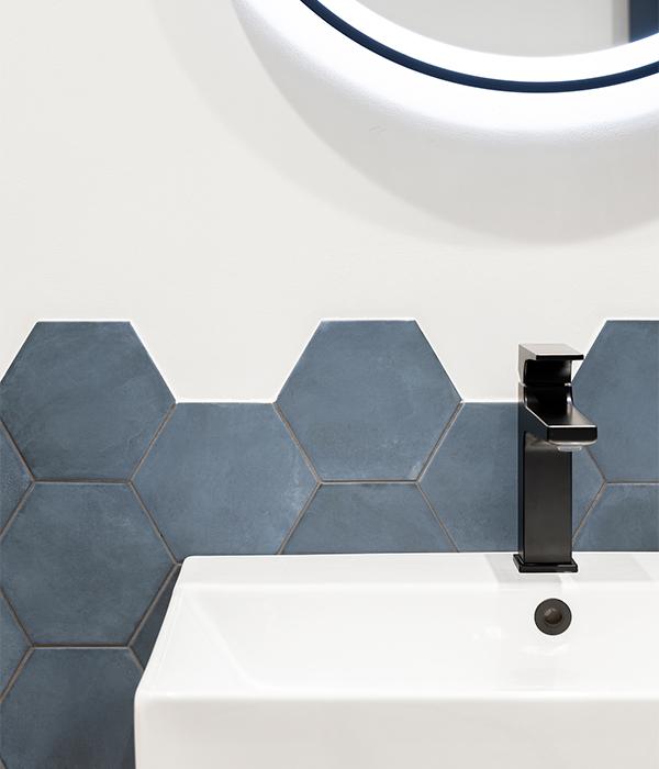 Medina Hexagon Porcelain Navy Blue 600×700