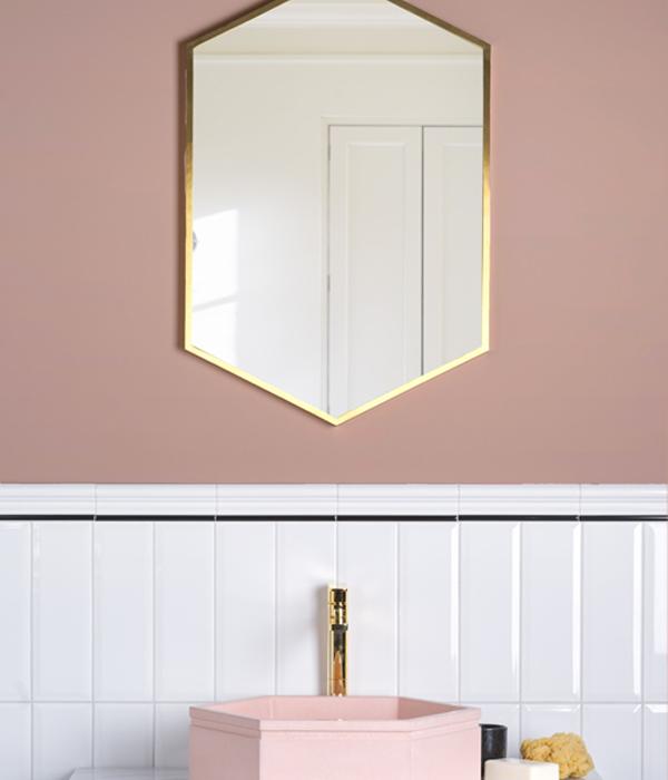Ophelias Blush Lifestyle Corrected 600×700