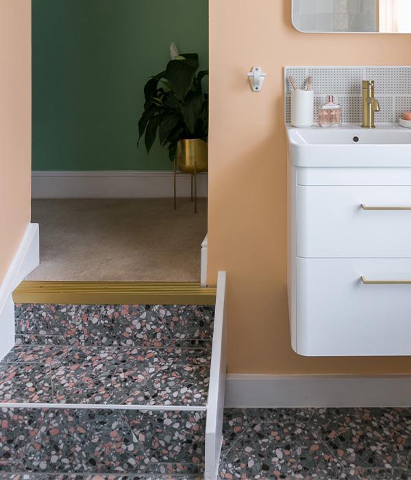 Pisa Porcelain Teal – Simply Bathrooms Ltd