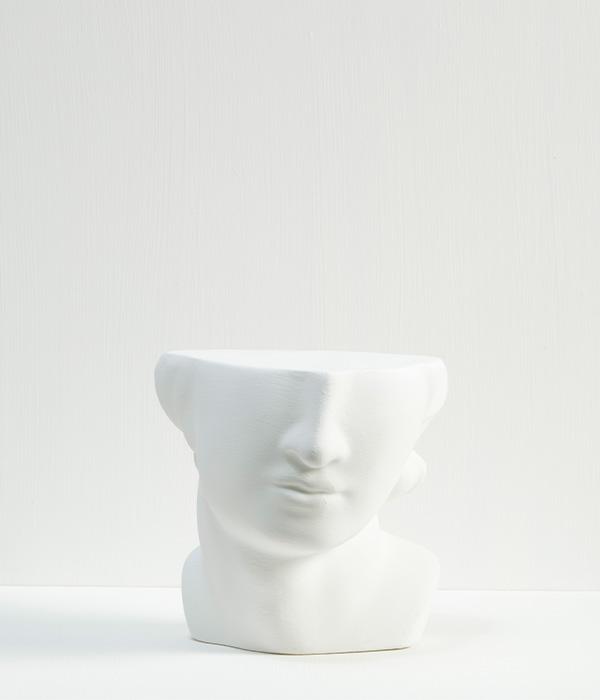 Ren's White 600×700
