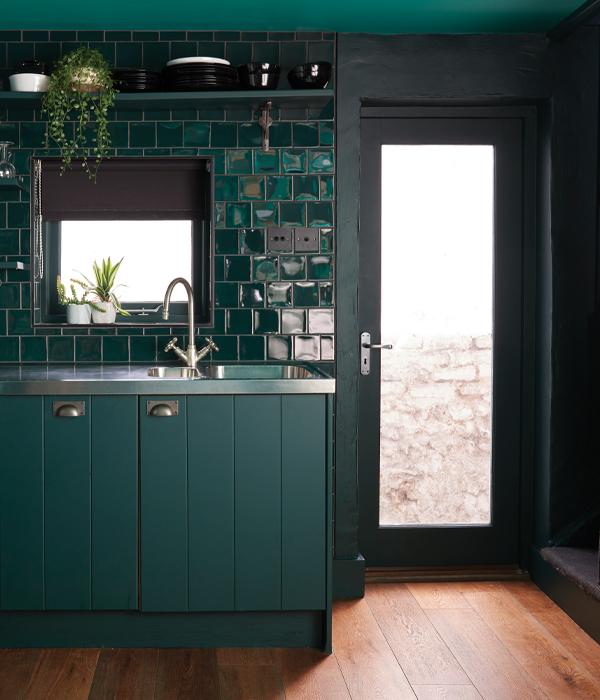 Colour Pop Ceramic Verde Negro