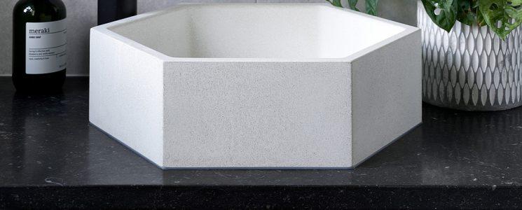 Hamish bathroom 6