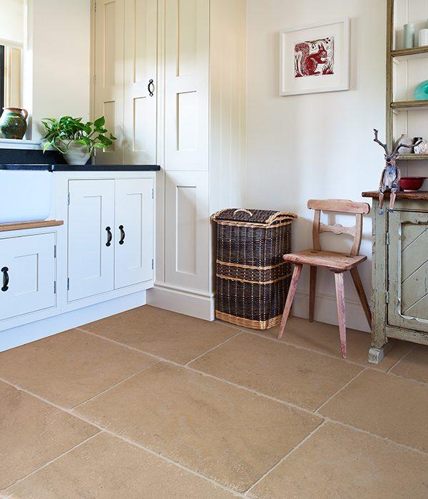 Lacock Limestone Heritage Finish