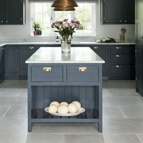 Hamish kitchen 1920x700_edited 2